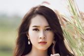 Hoa hậu Thu Thảo duyên dáng trong thiết kế hoa