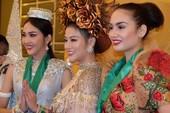 Đại diện Việt Nam thắng phần thi trang phục dân tộc Miss Earth