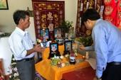 Bộ GD&ĐT thăm gia đình GV, HS vụ sạt lở đất ở Nha Trang