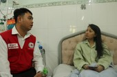 Hội Chữ thập đỏ TP hỗ trợ nạn nhân vụ cháy Carina