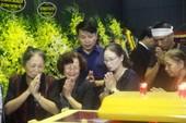 Hà Nội đổ mưa ngày đưa GS Phan Huy Lê về đất mẹ