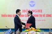 Trao quyết định bổ nhiệm ông Nguyễn Mạnh Hùng tại Bộ TT&TT