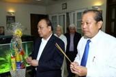 Dâng hương tưởng nhớ Tổng Bí thư Nguyễn Văn Linh