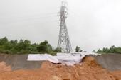 Cao tốc Hạ Long-Vân Đồn hư hại sau mưa lớn