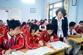 Siêu bão chuyển hướng, học sinh Quảng Ninh không nghỉ học