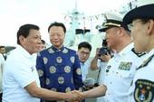 Ông Duterte khen tàu chiến Trung Quốc 'như khách sạn'