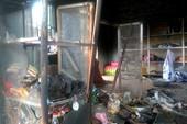 Cháy nhà mới lòi ra... kẻ trộm