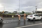 Hóc Môn: Tai nạn liên hoàn giữa 5 ô tô trên quốc lộ