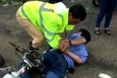 Cảnh sát giao thông tóm tên trộm nhờ chiếc áo
