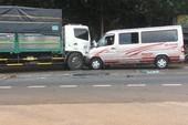 Đồng Nai: 3 ô tô tông liên hoàn, nhiều người trọng thương