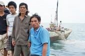 Một thuyền viên tử vong và một ngư dân mất tích trên biển