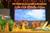 Phó Thủ tướng đánh trống khai trương mùa du lịch Hà Tĩnh