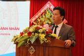 Chủ tịch tỉnh 42 tuổi đối thoại doanh nghiệp, doanh nhân