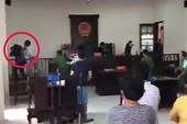 Vụ đánh nhà báo và KSV tại tòa Bình Chánh: Chuyển hồ sơ lên TP