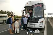 Tông xe ở cao tốc TP.HCM-Trung Lương, 6 người bị thương
