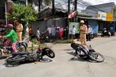 2 xe máy va chạm, 1 người tử vong