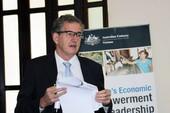Trao quyền kinh tế cho phụ nữ, GDP có thể tăng 10%