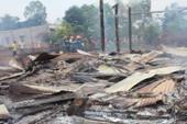 Cháy nhà truyền thống Êđê, 4 cháu nhỏ thoát chết trong gang tấc