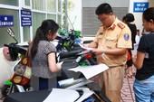 Sẽ bỏ nhiều thủ tục hành chính giấy tờ trong đăng ký xe