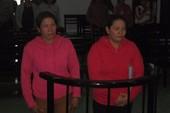2 chị em mang quan tài đến khu du lịch lãnh án tù