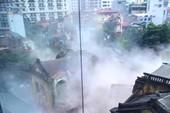 Năm phút trước 'thảm họa' sập biệt thự cổ ở Hà Nội