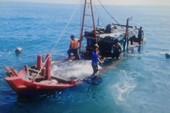 Huy động lực lượng tìm 8 ngư dân mất tích trên biển