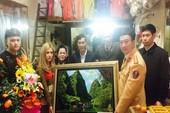 Công an tặng quà người quay clip đôi nam nữ vu vạ CSGT