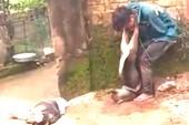 Dân treo xác chó vào cổ kẻ trộm!