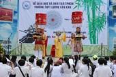 Diễn giả Hồ Nhựt Quang nói về triết lý âm dương