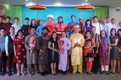 Diễn giả Hồ Nhựt Quang kể chuyện 'Chữ hiếu xưa và nay'