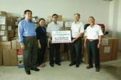 Quỹ Lawrence S. Ting tặng dụng cụ y tế trị giá 4,7 tỉ