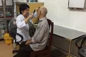 Phẫu thuật mắt miễn phí cho hàng trăm bệnh nhân nghèo