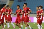 Coca-Cola trao tặng lon vàng chúc mừng đội tuyển Việt Nam