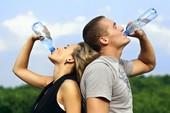 Những sai lầm hay mắc phải khi uống nước