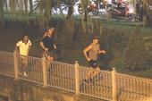 Thủ tướng Canada chạy bộ ở bờ kè kênh Nhiêu Lộc