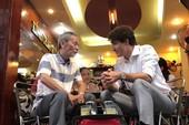 Thủ tướng Trudeau ngồi cà phê vỉa hè Sài Gòn
