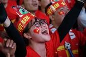 CĐV vui sướng tột cùng khi U-23 Việt Nam ghi bàn gỡ hòa