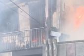 Hiện trường vụ cháy ở Mỹ Tho, 7 căn nhà bị thiêu rụi