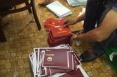 Sang Trung Quốc mua 20.000 phôi văn bằng giả về bán lại