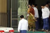 Bà Suu Kyi cấm công chức nhận quà giá trị hơn 450.000 đồng