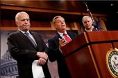Nghị sĩ John McCain quyết không phá 'di sản' Obamacare