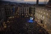 Catalonia và thực tế lạnh lùng sau tuyên bố độc lập