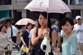 Bão lũ, lở đất, nắng nóng đổ về châu Á
