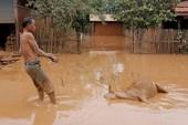 Lụt ở Lào bắt đầu rút nhưng nước sông Mekong dâng báo động