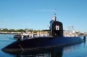 Tàu ngầm Nhật Bản tập trận ở biển Đông và đến cảng Cam Ranh