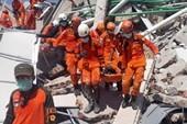 Indonesia tuyên bố 14 ngày khẩn cấp sau động đất-sóng thần