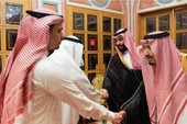 Con trai nhà báo Khashoggi từ Saudi Arabia sang Mỹ