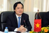 Bộ trưởng Phùng Xuân Nhạ nhận trách nhiệm trước dân vụ thi cử