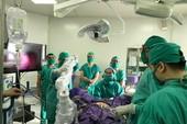 Bệnh viện tỉnh đầu tiên dùng robot phẫu thuật nội soi tử cung