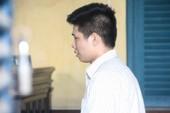 Thanh niên giết người yêu bật khóc nức nở tại tòa